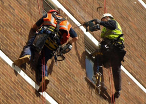 abseiling insulation application